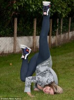 Girl with scoliosis breakdancing thanks to yoga